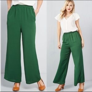ModCloth Eugene Wide Leg Trouser Pants Green Flare
